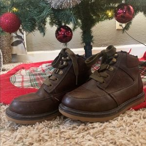 Cat & Jack Boys Fashion Boots 👞